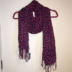 Old Navy Blue and Red Heart scarf. NWT!